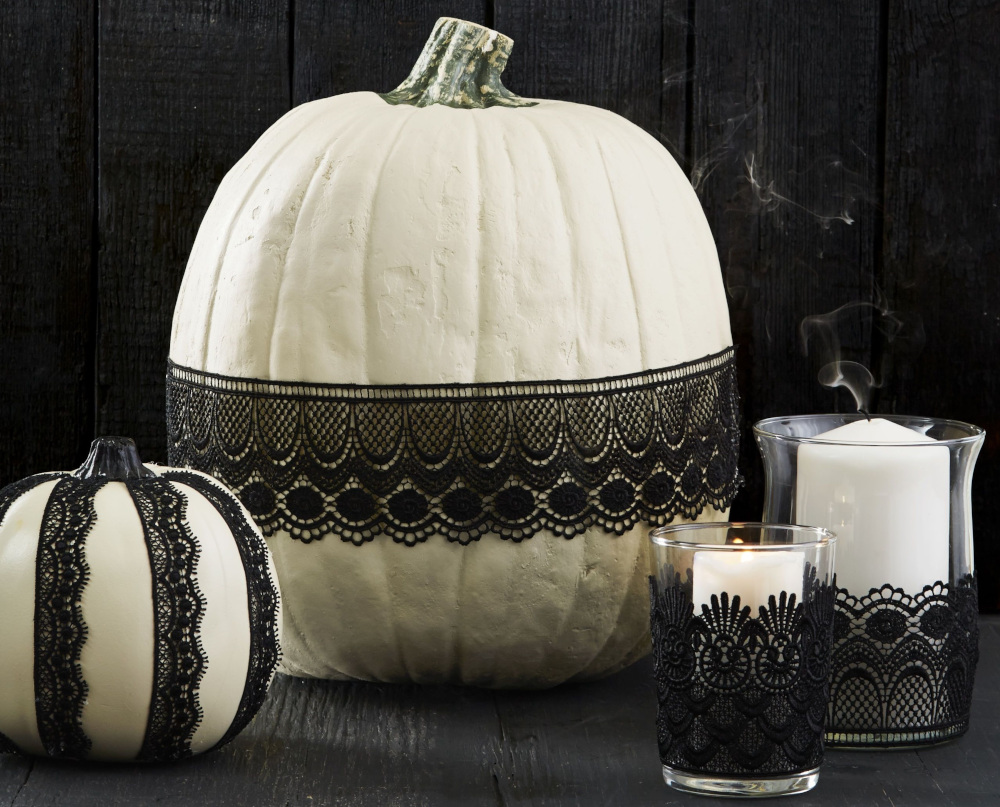 Lace Pumpkin Decorations