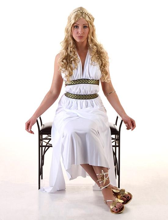 DIY Khaleesi costume seated