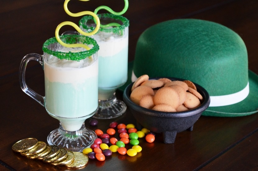Nonalcoholic Leprechaun Float Drink Recipe