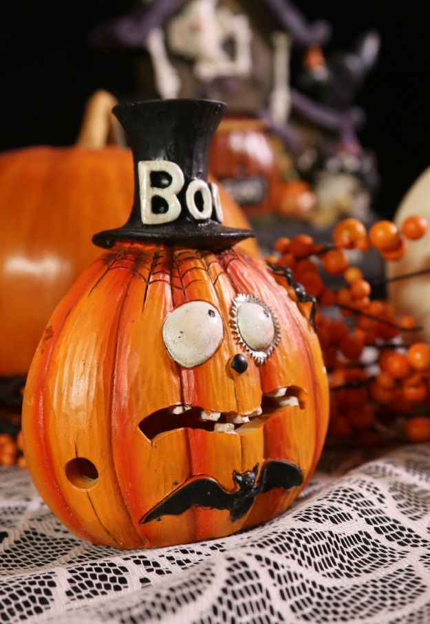 Classic Country Boo Pumpkin Halloween Decoration