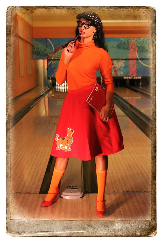 Velma Poodle Skirt Scooby-Doo