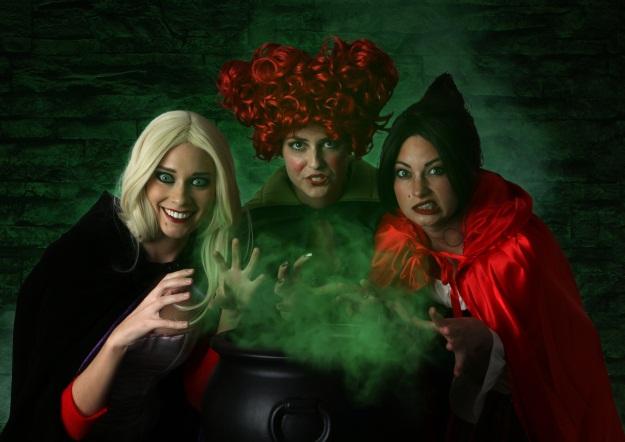 DIY Hocus Pocus Halloween Cosutmes