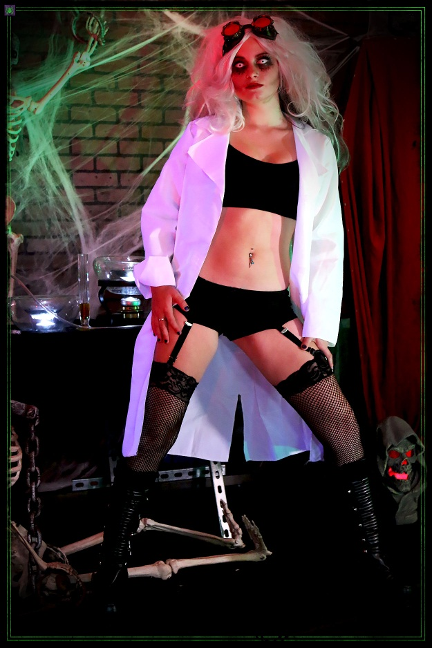 Sexy Scary Mad Scientist Costume