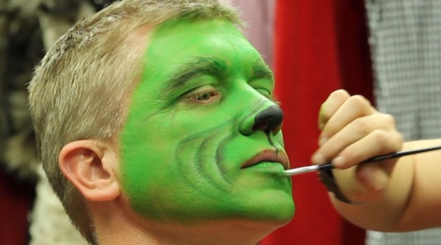 Christmas Halloween Makeup.The Grinch Makeup Tutorial A Christmas Diy Halloween
