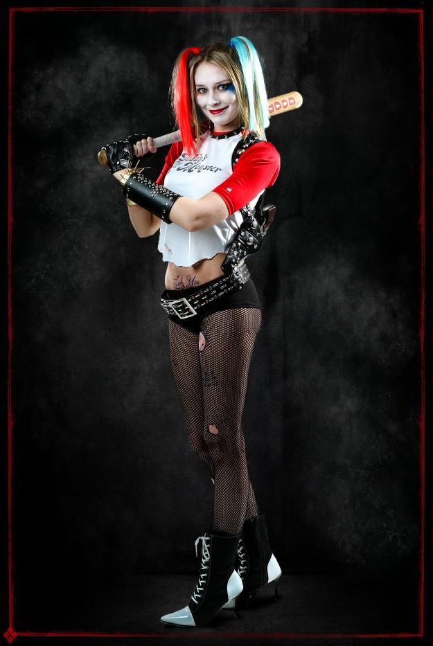 DIY Harley Quinn Suicide Squad Costume