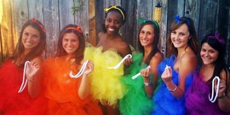 Loofas Group Costume