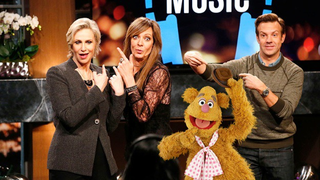 HollywoodGameNight_Fozzie.jpg