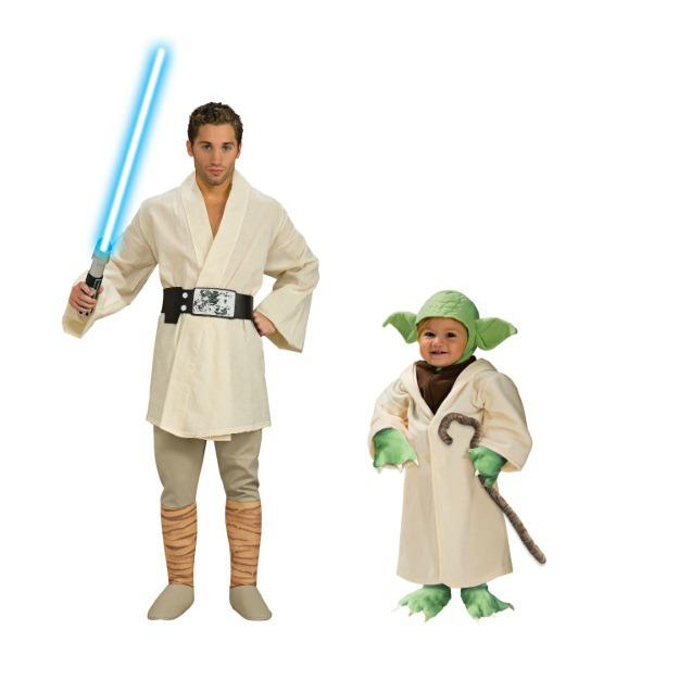 Luke and Yoda.jpg