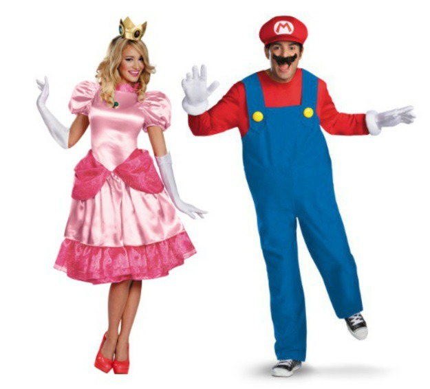 Mario u0026 Princess Peach  sc 1 st  Halloween Costumes & Classic Couples Halloween Costume Ideas - Halloween Costumes Blog