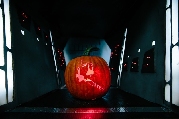 Star-Wars-Pumpkin-Flame Trooper.jpg