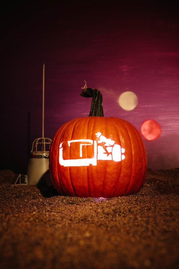 Star-Wars-Pumpkin-Rey Speeder.jpg