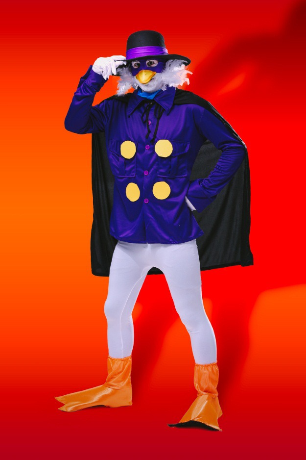 Diy darkwing duck halloween costume for throwback thursday for Halloween kostuum action