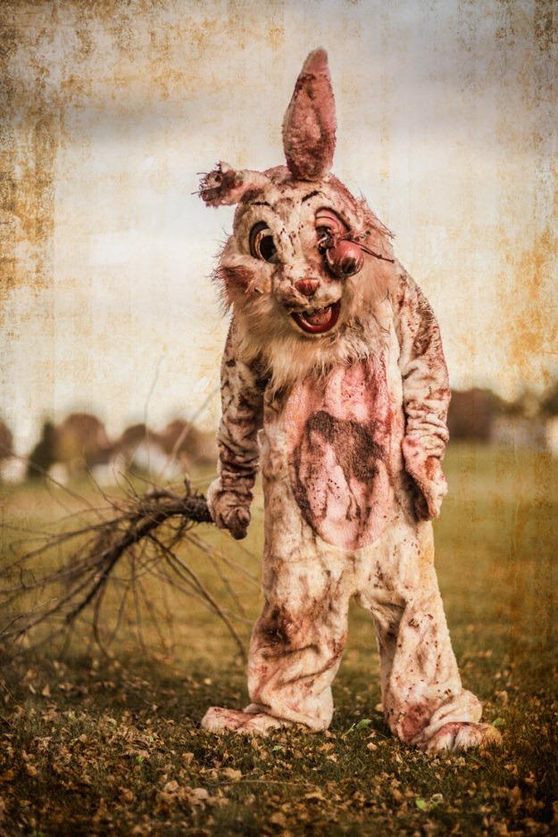 Bloody-Bunny-2.jpg