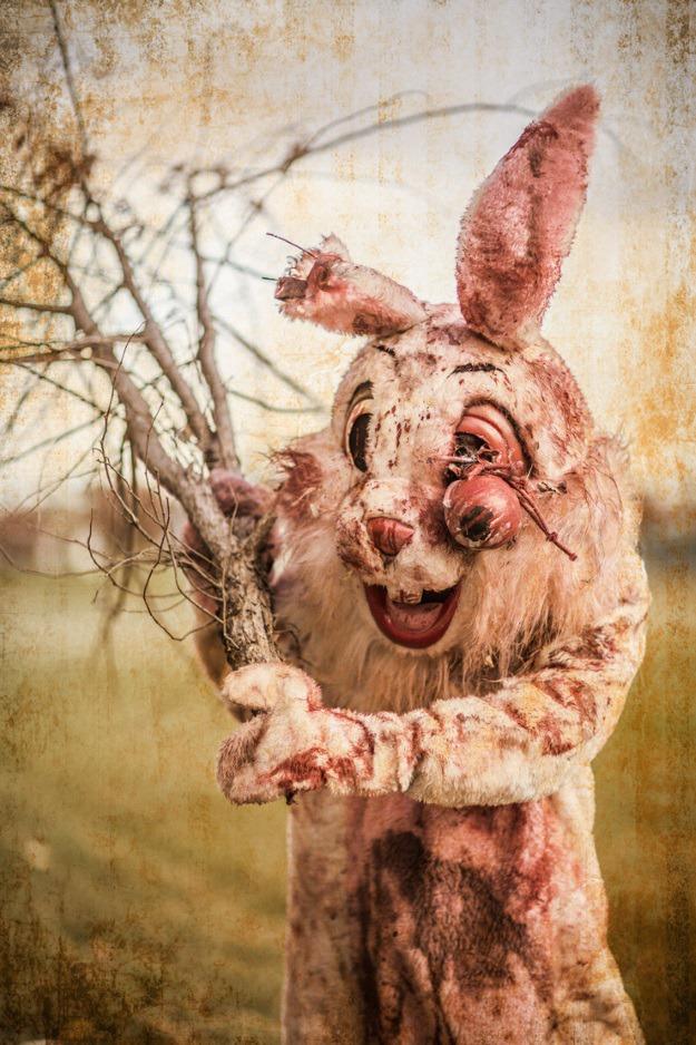 Bloody-Bunny-3.jpg