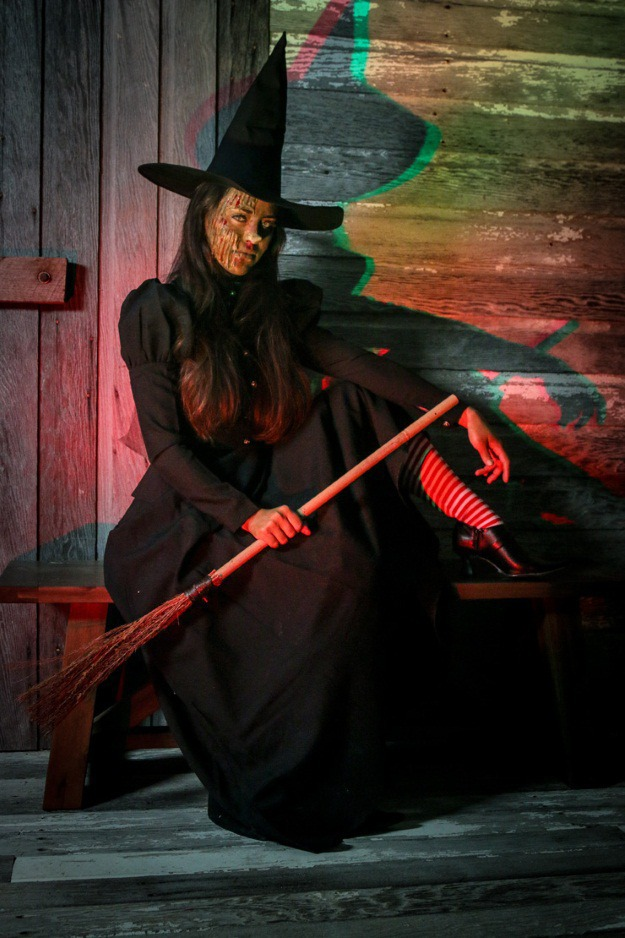 DIY Burnt Witch Costume and Makeup Tutorial - Halloween Costumes Blog