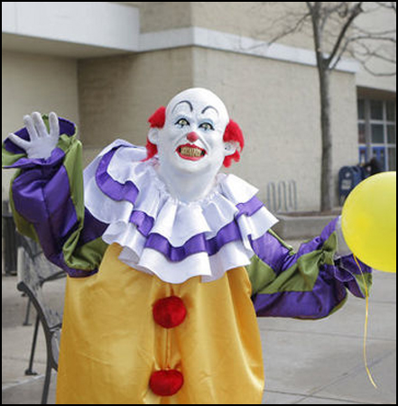 Staten Island Clown: Clown costumes are always scary...always.
