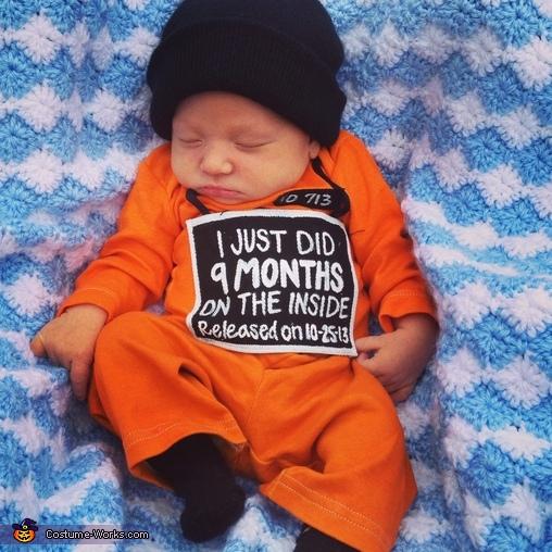 Momma's Prisoner Costume