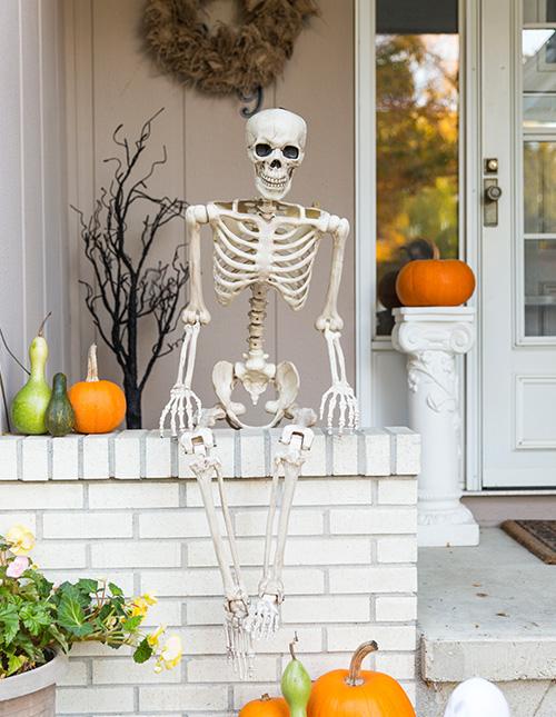 Halloween Porch Décor