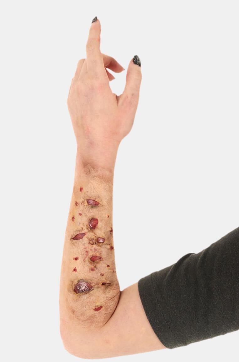 Peeling Scorched Skin Makeup Tutorial - Starting Look