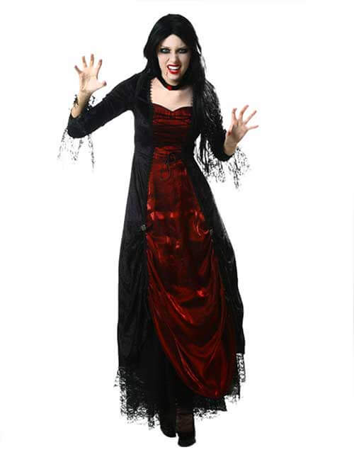 Vampire Frightening Fatale Pose
