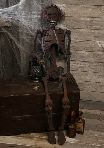 Hanging Rotted Skeleton Halloween Decoration