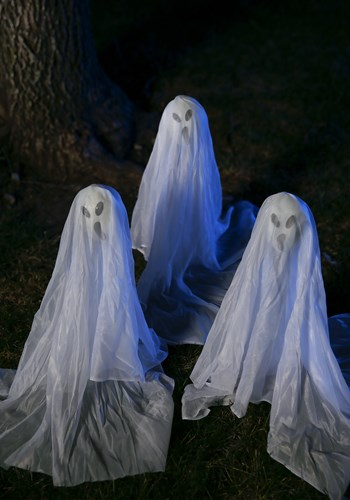 Small Ghostly Group -19 Inches update1