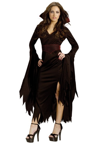 Women's Gothic Vamp Costume By: Fun World for the 2015 Costume season.