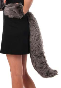 Deluxe Oversized Wolf Tail2