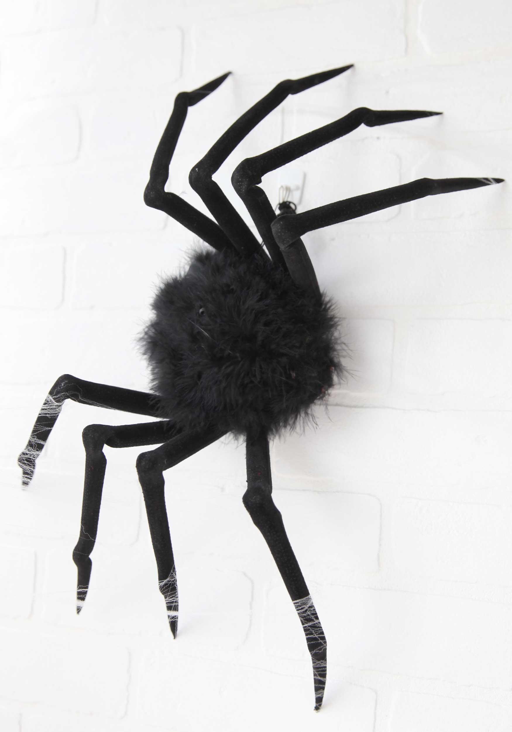 poseable 22 medium furry spider - Halloween Spiders