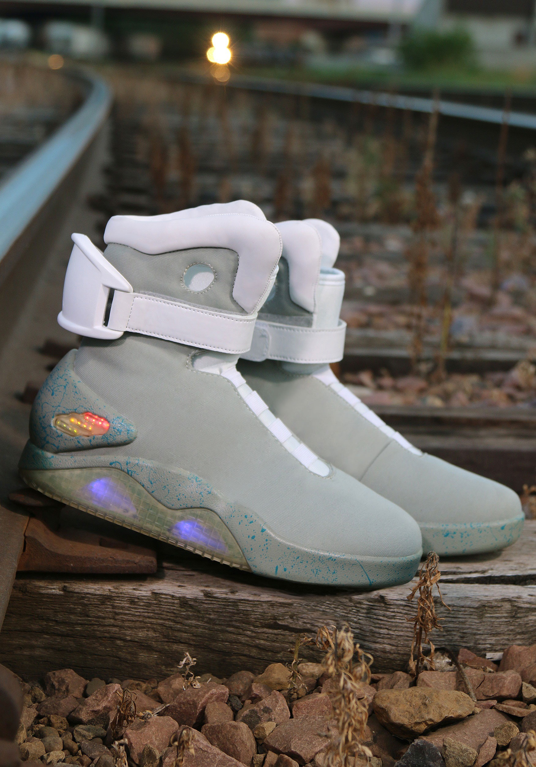 ... Back to the Future 2 Light Up Shoes alt 4 ...