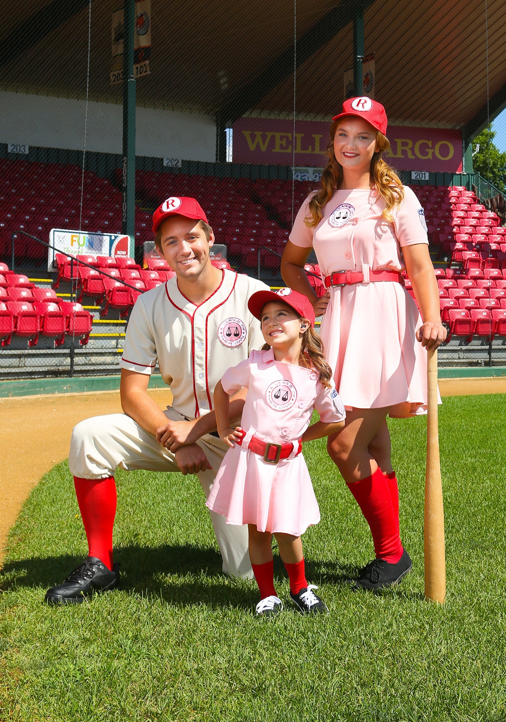 sc 1 st  Halloween Costumes & Toddler A League of Their Own Dottie Costume