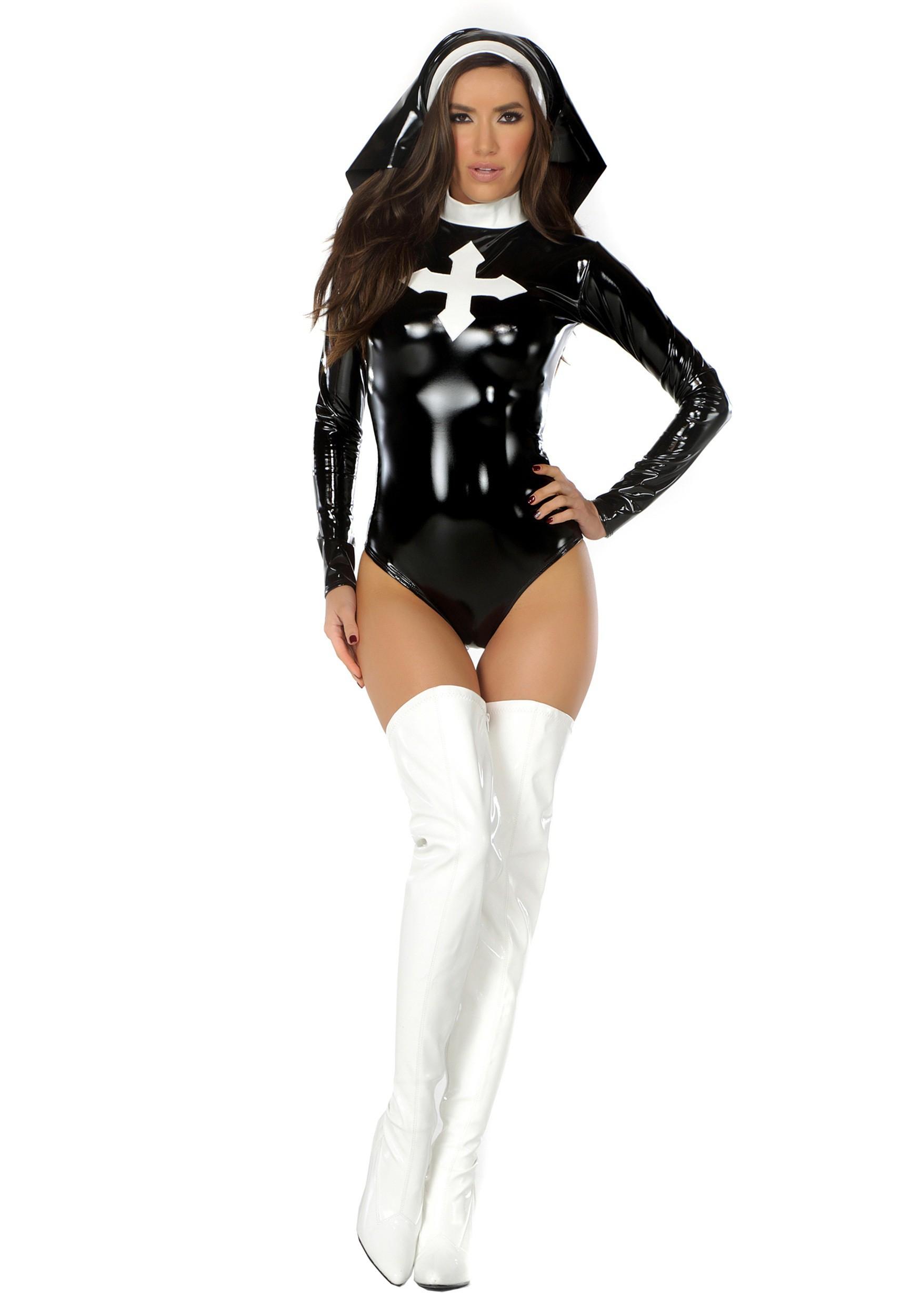 Sexy nun outfit