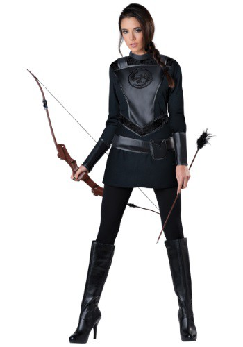 Women's Warrior Huntress Costume By: In Character for the 2015 Costume season.