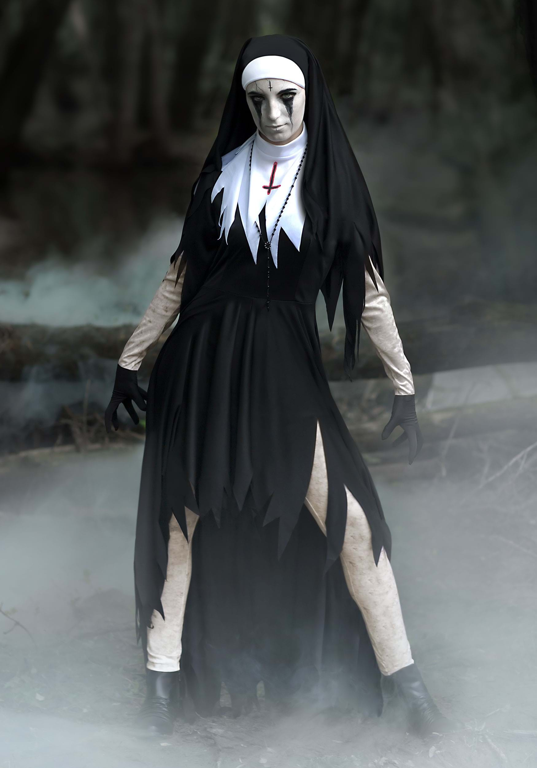 Scary costumes for halloween halloweencostumes womens dreadful nun costume solutioingenieria Images