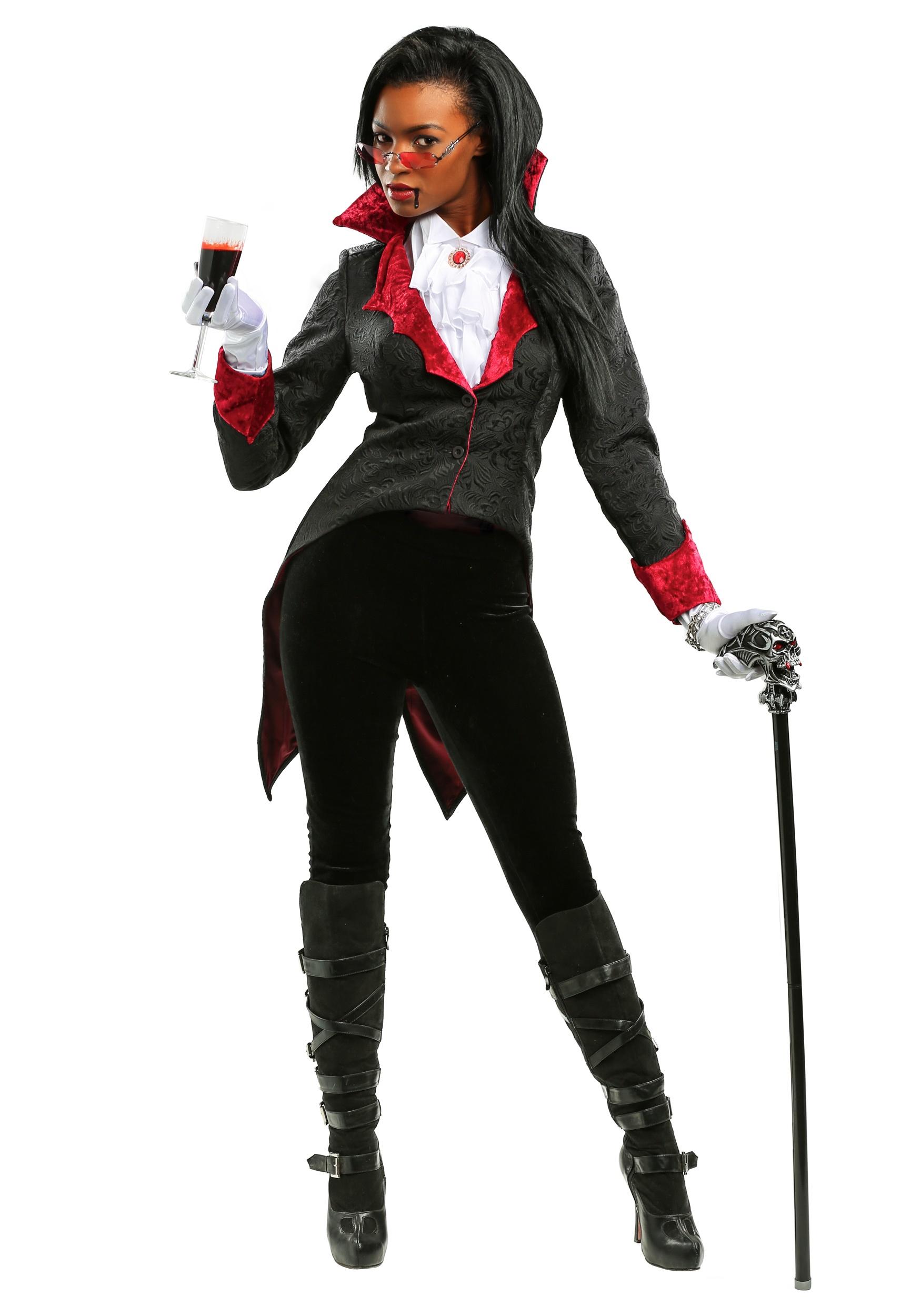 f351a4b231 Women's Dashing Vampiress Costume