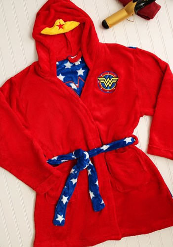 Wonder Woman Hooded Robe update