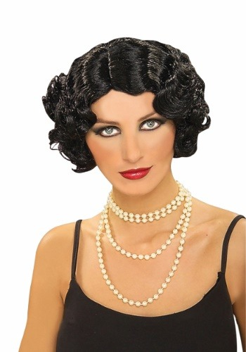 Lady wearing Black Flapper Wig with pearl necklace