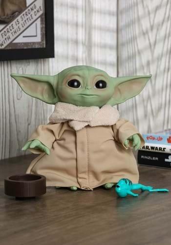 "Star Wars: The Mandalorian- The Child 7.5"" Electronic Plush"