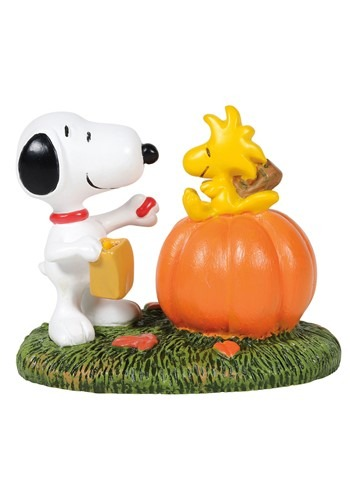 Department 56 - Peanuts A Treat For Woodstock Figurine