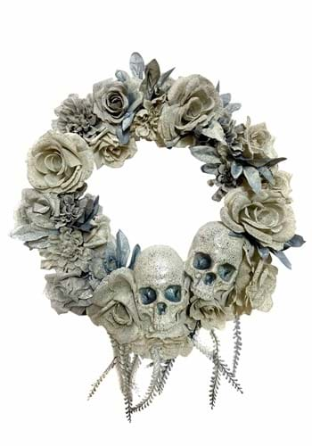20 Wreath with Skull and Roses