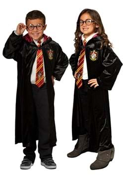 Harry Potter Child Deluxe Robe & Accessory Set