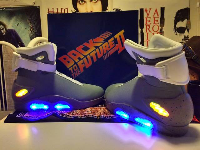 Beware, there are fake BTTF Nike Air Max trainers with power la